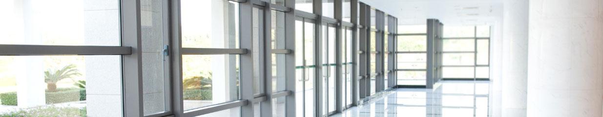 Carlssons Glas i Sala - Glas & Fönster, Bilverkstäder, Bilglas