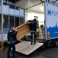Flytthjälp