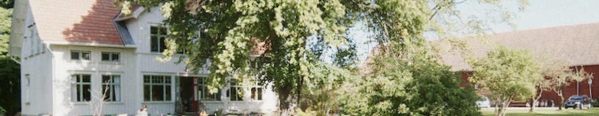 Hus till Hus Byggnadsvård & Återbruk i Alingsås - Byggvaror & Järnaffärer, Antikviteter, Kakelugnar & Kaminer, Belysningar & Lampaffärer, Second Hand, Glas & Fönster, Dörrar & Portar, Färg & Tapeter, Järnvaror, Tegel & Takpannor